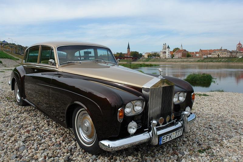rolls-royce-silver-cloud-1963-1