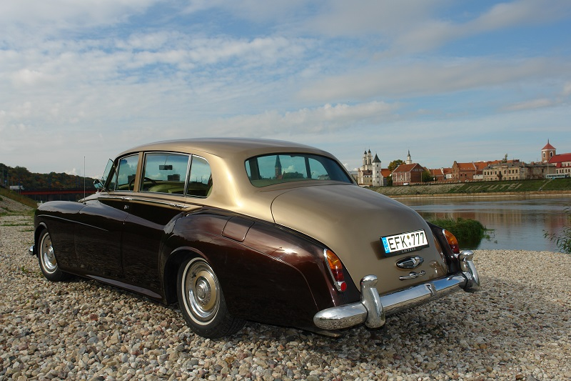 rolls-royce-silver-cloud-1963-2