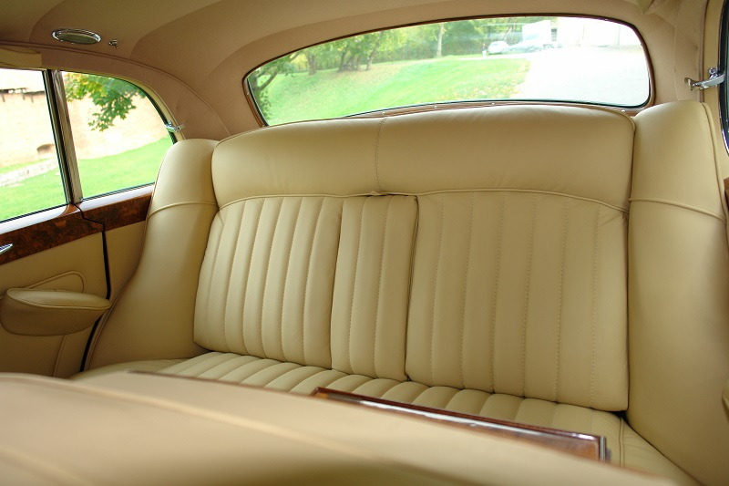 rolls-royce-silver-cloud-1963-8